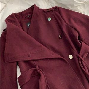 Gorgeous Burgundy Guess Trench